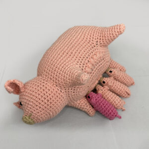 Mamma Pig + 4 Baby Piglets